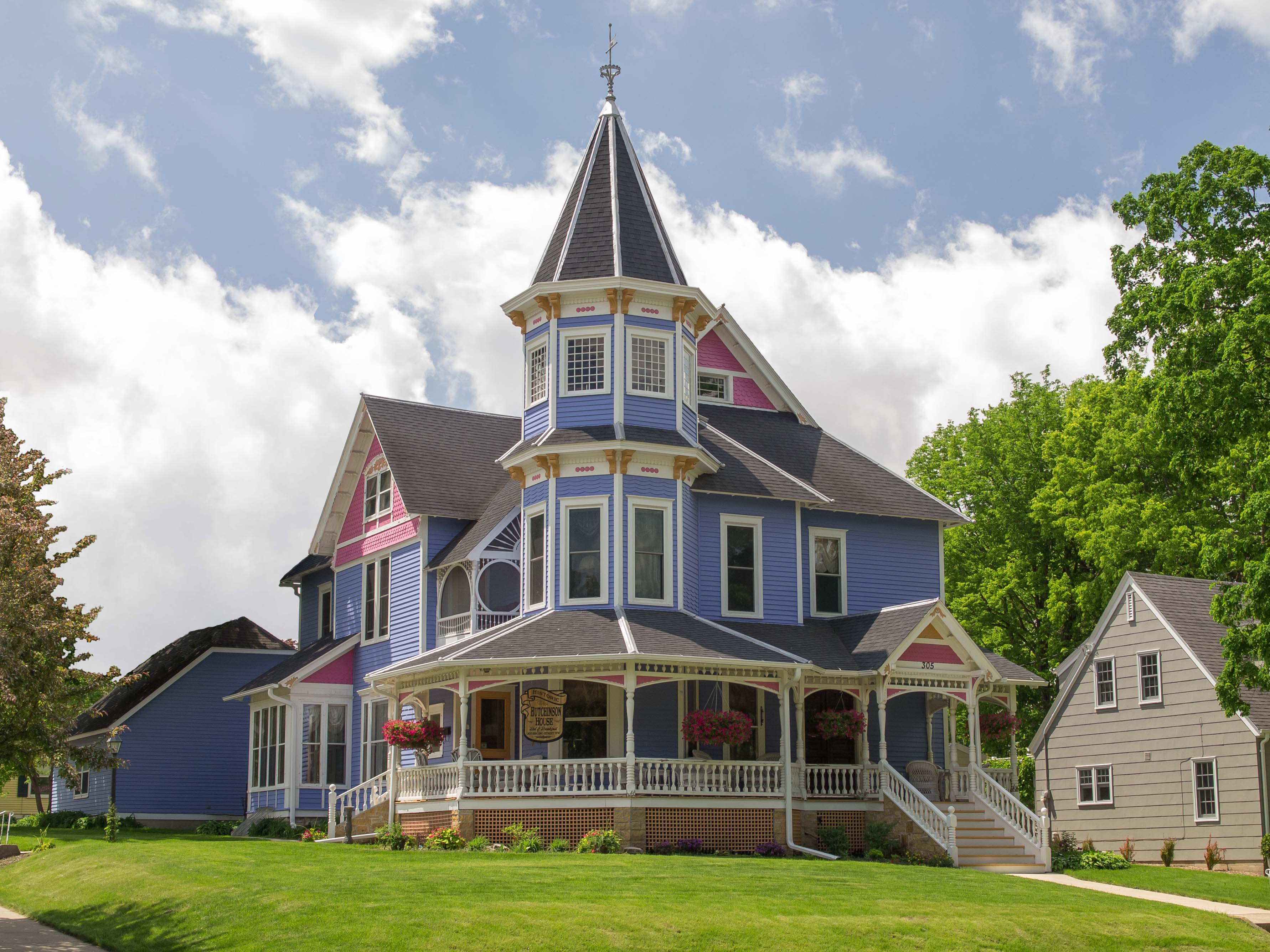 Historic home historic homes of minnesota for Victorian colonial homes
