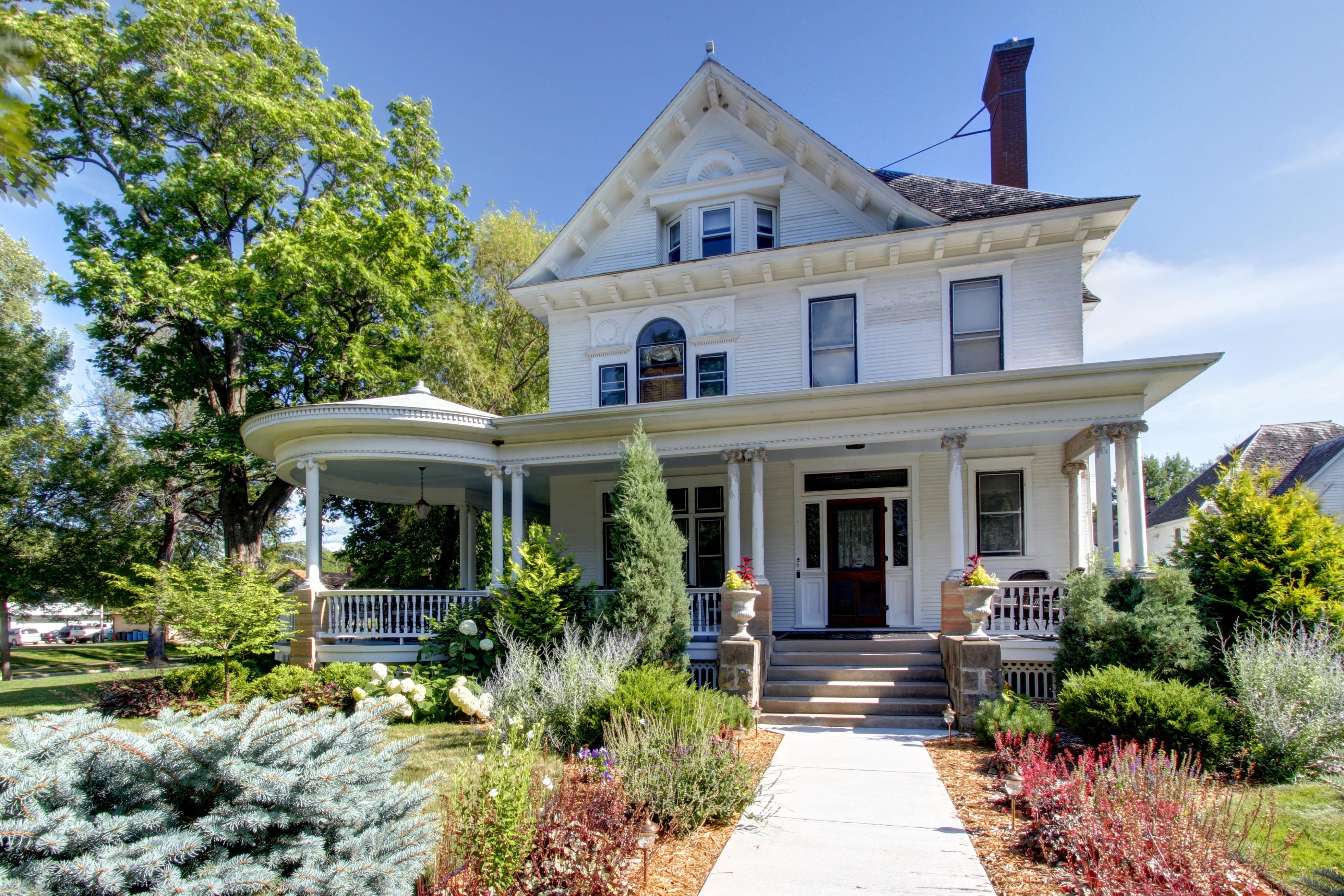 101 Linden Street SW, Sleepy Eye, MN William W. Smith House ...